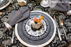 I love this black and white rooster table setting!