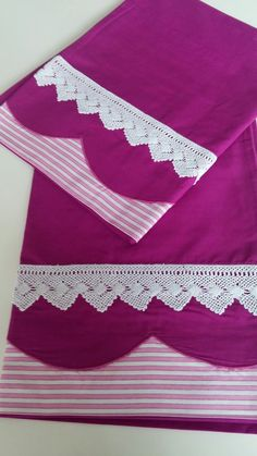 House Front Porch, Hand Towels, Bed Sheets, Cheer Skirts, Diy And Crafts, Art Deco, Design, Sheets Bedding, Crib Quilts