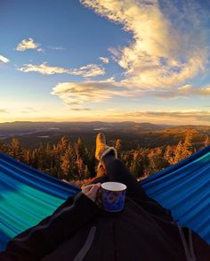 (TahoeJacks.com) Coffee with a view. (Photo @hannahbrie)  Follow @tahoejacks for more Lake Tahoe photos & adventures!