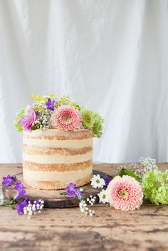 Lime and Dulce De Leche Cake