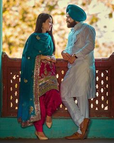 The sardaar g with sadarni Punjabi Wedding Couple, Wedding Couple Photos, Punjabi Couple, Sikh Wedding, Wedding Suits, Couple Shoot, Couple Pics, Pre Wedding Poses, Pre Wedding Photoshoot