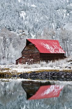 Barn Reflection in Lake City - After an early spring storm in Lake City, Colorado Farm Barn, Old Farm, Barn Pictures, Fotografia Macro, Country Barns, Country Life, Country Living, Country Roads, Barns Sheds