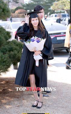#Yoona #윤아 #ユナ #SNSD #少女時代 #소녀시대 #GirlsGeneration 150224 Dongguk University graduation