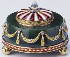 Fabergé bell push in nephrite with three-colour gold, red and white guilloché enamel, and moonstone. Workmaster Michael Perchin, 1903.