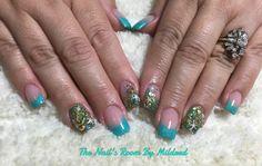 Lovely two tone summery design ⚓️ #thenailsroom #uñas #uñasacrilicas #uñasdecoradas #nails #sqarenails #frenchnails #mintnails #greennails #nauticalnails #summernails #glitter #crystals #pretty #dainty #acrylic #acrylicnails #chick #nailpromote #nailpromagazine #nailprodigy #starfish #anchor #conch