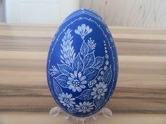goose eggs Polish Easter, Egg Shell Art, Diy And Crafts, Arts And Crafts, Ukrainian Easter Eggs, Easter Egg Crafts, Popular Art, Egg Art, Egg Decorating
