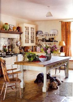Love this cottage-style kitchen!