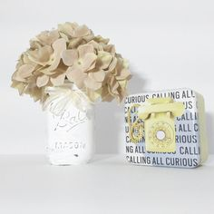 White Mason Jar Vase/Shabby Chic Mason by HomeDecorMyWay on Etsy