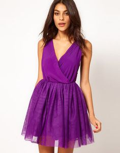 ASOS Party Dress with Velvet Trim This evening dress by ASOS Collection has been crafted from a lightweight woven fabric.