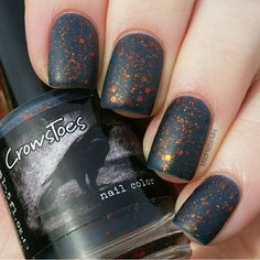 CrowsToes Finnnally, IT'S HOODIE TIME!! from the September '14 A Box, Indied -**mattified // @MadHatterMH // nails //