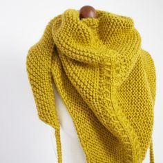 There are so many knitting ideas and patterns you can try if you are interested in this type of handmade. Therefore, you just want some types of knitting that… Continue Reading → Knitting Stitches, Knitting Yarn, Hand Knitting, Knitting Patterns, Knitting Ideas, How To Start Knitting, Knitting For Beginners, Knitted Shawls, Knitted Blankets