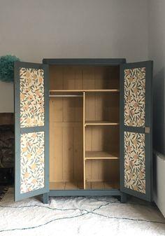 Armoire parisienne rénovée, TAWARA -en vogue-, Nantes Bookcase, Vogue, Home Decor, Chest Of Drawers, Nantes, Chart, Homemade Home Decor, Book Shelves, Interior Design