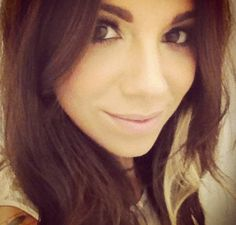 Christina Perri - Very much looking forward to meeting this lovely lady! Gorgeous Women, Beautiful People, Christina Perri, Celebs, Celebrities, Pretty Pictures, Pretty Woman, Hair Makeup, Hair Beauty