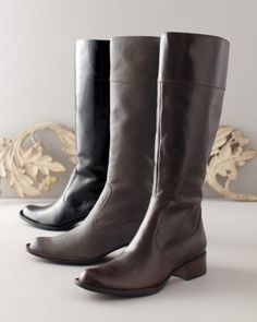 would love another pair of Born boots!  Love my brown ones, think I would like a gray pair this year!