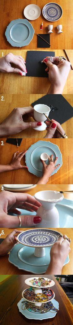 soporte bricolaje joyas - añadir canicas o algo alrededor de los bordes para colgar collares de .: