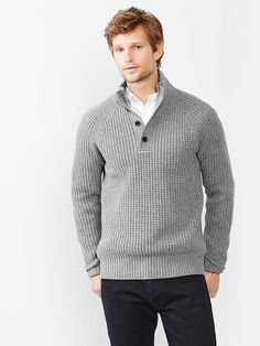 Lambwool textured henley sweater Product Image