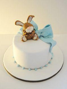 bunny rabbit cake, pink for Quinn! Pretty Cakes, Cute Cakes, Beautiful Cakes, Amazing Cakes, Fondant Figures, Fondant Cakes, Cupcake Cakes, Rabbit Cake, Bunny Rabbit