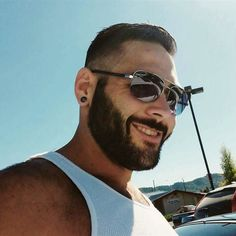 """He wasn't going to stand and watch something horrific happen"" : The hero Army veteran CHRIS MINTZ Survived after being shot five times as he charged at the Oregon college shooter! He was apparently shot twice after telling the Gunman that it was his sons Birthday! GET WELL SOON BROTHER!  #chrismintz #supportourtroops #usarmy #skullcrushers #military by skullcrushers"