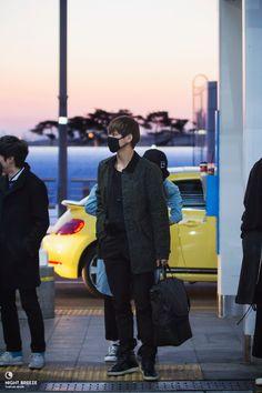 141206- BTS V (Kim Taehyung) @ Incheon Airport #bts #bangtan #bangtanboys #fashion #style #kpop