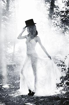 """Vanessa Paradis : """"On a aimé et envie d'aimer encore"""""""