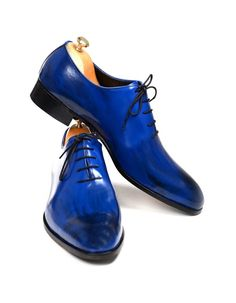 Handmade Blue Patina Men Shoes http://www.99wtf.net/young-style/urban-style/mens-denim-shirt-urban-fashion-2016/