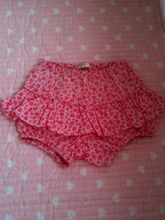 Tapa fraldas Boho Shorts, Lace Shorts, Cute Dresses, Girls Dresses, Baby Alive, Diaper Covers, Sewing Studio, Girls Pants, Couture