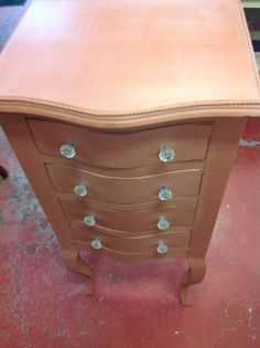 Jewellery chest from the Bombay co. Painted in Scandinavian pink Annie Sloan chalk paint™ and clear wax Jewelry Chest, Annie Sloan, Scandinavian, Wax, Jewellery, Painting, Vintage, Home Decor, Homemade Home Decor
