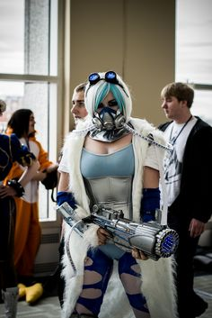 This is more reminiscent of Cpt. Cold but I thought you should take a gander at the first genderbent Mr. Freeze I've ever seen.