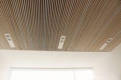 Billedresultat for moelven listelofter Home Gym Design, Loft Design, House Design, Acustic Panels, Wooden Slats, Wood Ceilings, House Entrance, House Goals, Wood Paneling