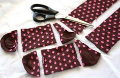 DIY baby/children's legwarmers. This craft can be done in 10 mins.