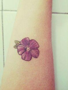 Resultado de imagen para flor violeta africana tatuaje
