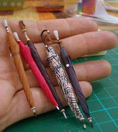 http://tutorialesminis.blogspot.com.ar/2013/01/paraguas-cerrado.html