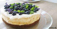 Bastogne-tærte med friske blåbær Sweet Little Things, Sweet Nothings, Cakes And More, Love Food, Mousse, Cake Recipes, Almond, Cheesecake, Deserts