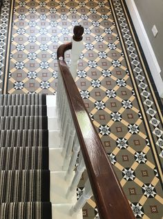 089 RETRO FURNITURE Retro chic is a style of home decor that draws on nineteen fifties influences. Some of the ideas about the retro style were contemporary in the Nineteen Fifties. However, some of the elements of this style date back to Sha Edwardian Hallway, Edwardian House, Hall Tiles, Tiled Hallway, Porch Tile, Hall Flooring, Hallway Inspiration, Victorian Tiles, Hallway Designs