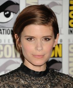Kate Mara at 20th Century Fox's Comic-Con 2015 press line. http://beautyeditor.ca/2015/07/19/best-celebrity-beauty-looks-ashley-madekwe