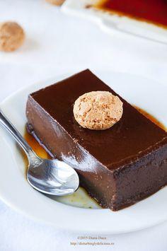 Disturbingly Delicious - Sweet Taste of Italy – Bonet No Bake Desserts, Easy Desserts, Delicious Desserts, Dessert Recipes, Yummy Food, Chocolate Flan, Italian Chocolate, Elegant Desserts, Italian Desserts