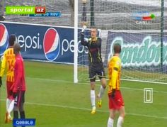 Polish goalkeeper saves penalty, gets sent off for rude celebration | Dirty Tackle - Yahoo Sports Malaysia