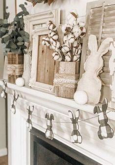 Easter Garland, Easter Wreaths, Easter Banner, Easter Table Decorations, Decoration Table, Easter Celebration, Reno, Deco Table, Easter Crafts