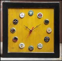 Beer top clock