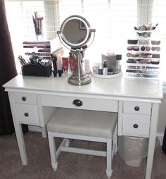 Appealing Makeup Vanity Decorating And Designs: Classic Chrome Adjustable  Pedestal Vanity Mirror Part 76