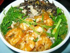 Bun with shrimp: Specialties food in Cat Ba island