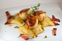 Frustrated scientist turns to cooking!: Ravioli without a roller experiment with seared scallops