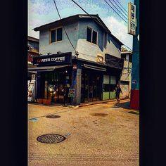 #vintage #cafe #oldAlley