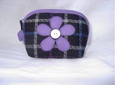 veronica / taštička s fialovým kvetom