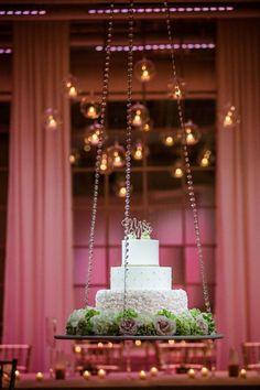 Round Wedding Cakes, Amazing Wedding Cakes, Wedding Cake Stands, Wedding Table, Suspended Wedding Cake, Chandelier Cake, Wedding Hall Decorations, Cake Decorations, Cake Table