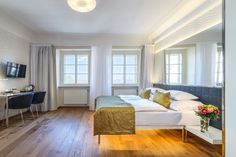 Hotel Golden Star is located in Nerudova Street in the historical center only a few steps from the Prague Castle Gate;