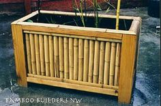 While common in most Asian homes that have enough land surrounding it, bamboo garden are not something that you usually hear about in the American home. Bamboo Roof, Bamboo Planter, Bamboo Garden, Bamboo Fence, Privacy Planter, Backyard Projects, Outdoor Projects, Garden Projects, Wood Projects