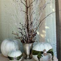 Dress up your home with these stylish Halloween decoration ideas curated by Decor Aid interior designers that you'll want to keep up all year round Winter Centerpieces, Simple Centerpieces, Christmas Branches, Christmas Crafts, Xmas, Decorating With Sticks, Decorating Ideas, Holiday Decorating, Decor Ideas