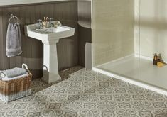Knightshayes Light Grey on Chalk Porcelain Tile
