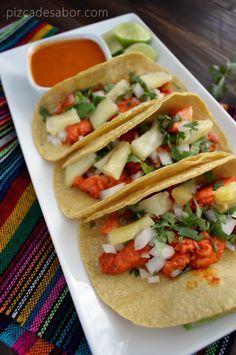 Tacos de pescado al pastor | http://www.pizcadesabor.com/2013/09/25/tacos-de-pescado-al-pastor/